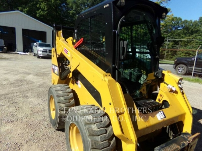 Used 2014 Caterpillar 242D Skid Steer Loader with 636 Hours
