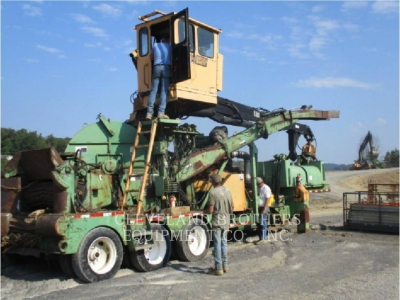 Used 2001 Precision 26-75 WOOD CHIPR with 4258 Hours